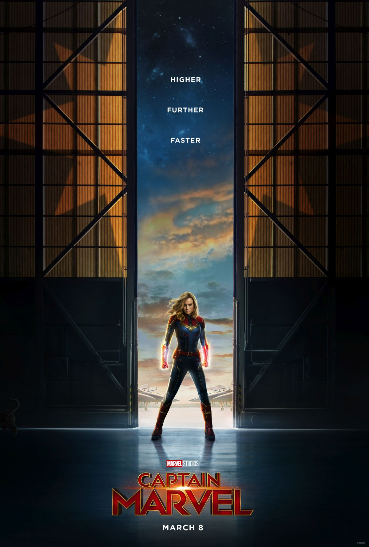 Primer póster de Captain Marvel